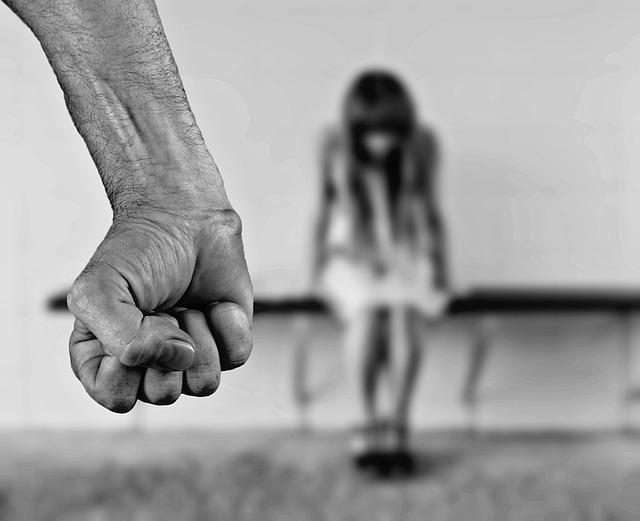 stop violence femme