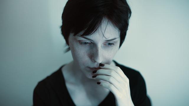 fille sombre portrait
